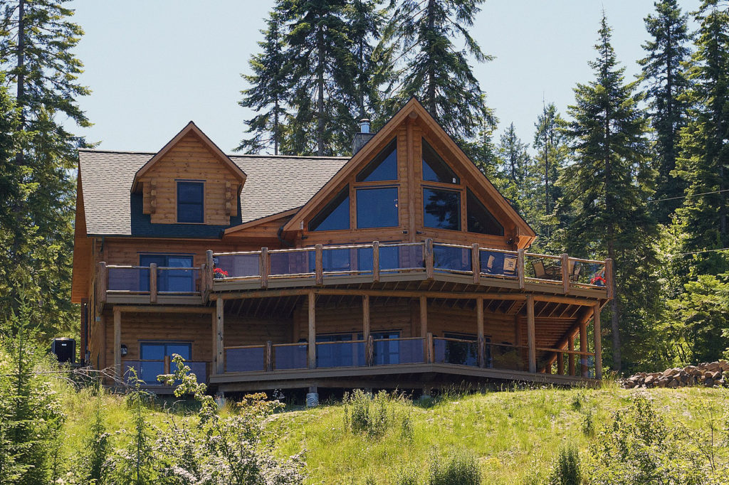 Questions to Ask at a Log Home Show or When Touring a Model Home